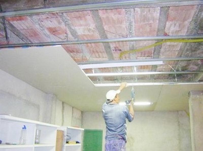 Instalação de Forro de Gesso no Banheiro Vila Mazzei - Forro de Gesso com Led