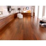 piso laminado vinílico